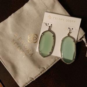 Kendra Scott Danielle Earrings In Mint